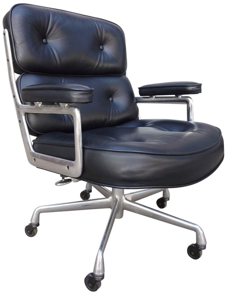 Midcentury Eames Executive Chair for Herman Miller Time-Life