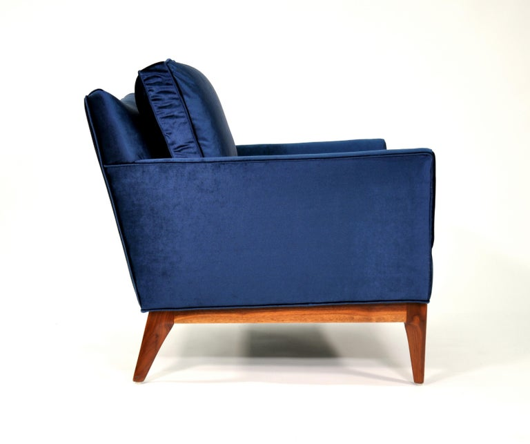 Mid Century Mccobb Style Walnut And Blue Velvet Lounge Chair For Sale At 1stdibs