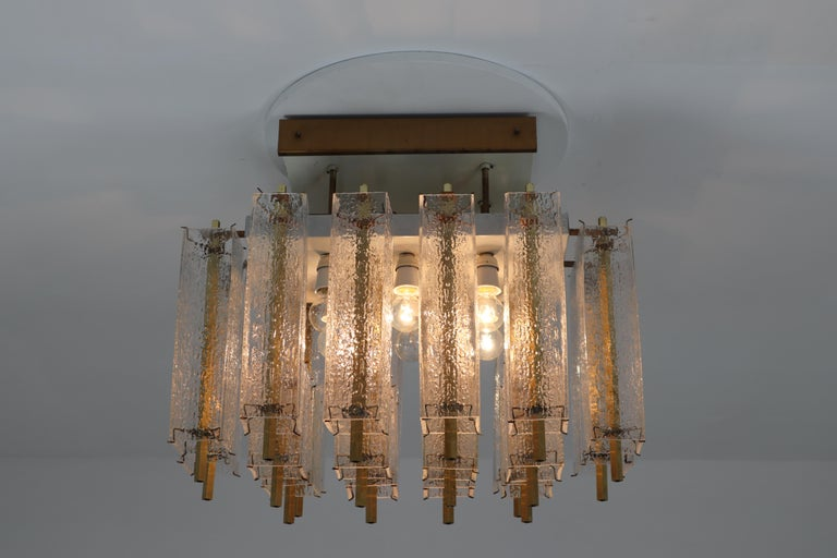 Midcentury Flush Mount Chandelier with Structured Glass and Brass Frame, 1960s In Good Condition For Sale In Almelo, NL