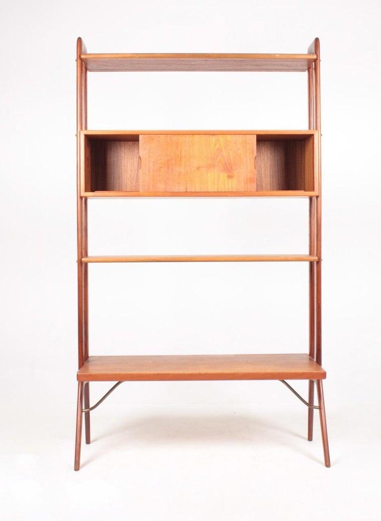 Scandinavian Modern Midcentury Freestanding Bookcase in Teak by Kurt Østervig, 1960s For Sale