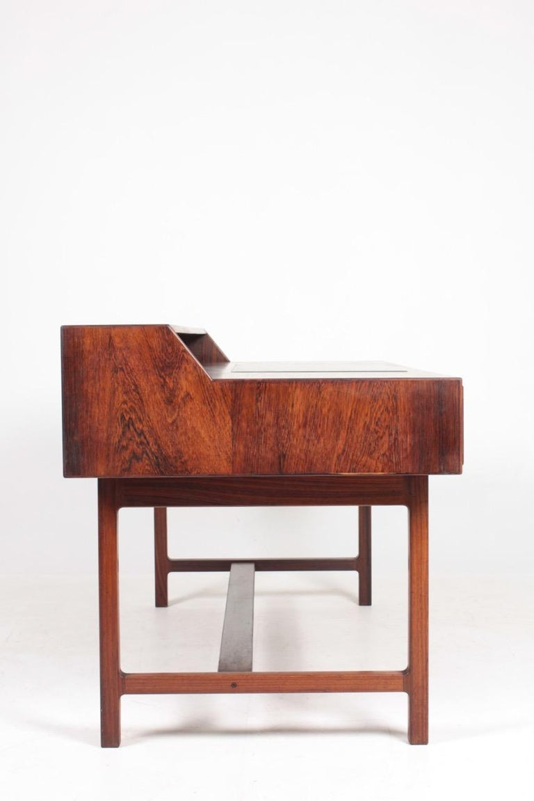 Midcentury Freestanding Desk in Rosewood by Kurt Østervig, Danish Design, 1950s For Sale 4