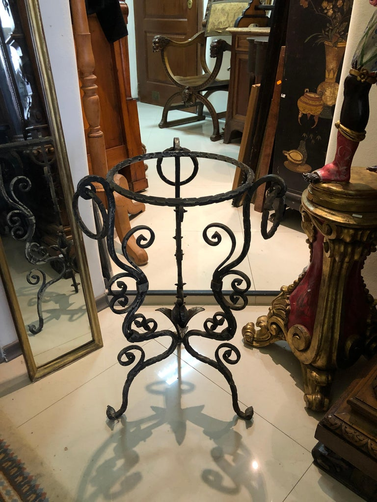 Midcentury French Handmade Wrought Iron Circle Jardinière or Table Base For Sale 2