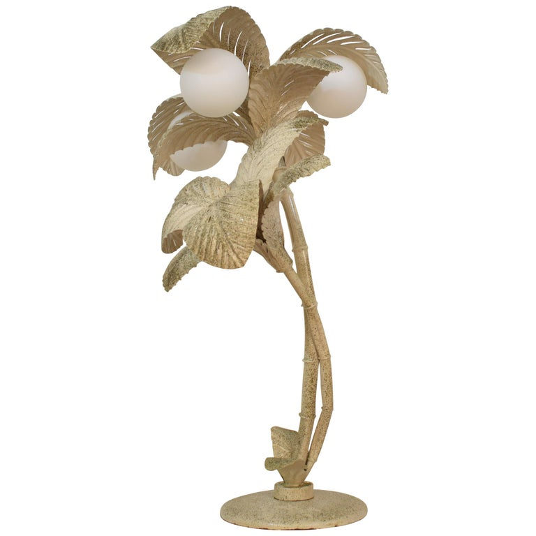 Midcentury French White / Gold Lacquered Metal Palm Floor / Table Lamp, 1970 For Sale