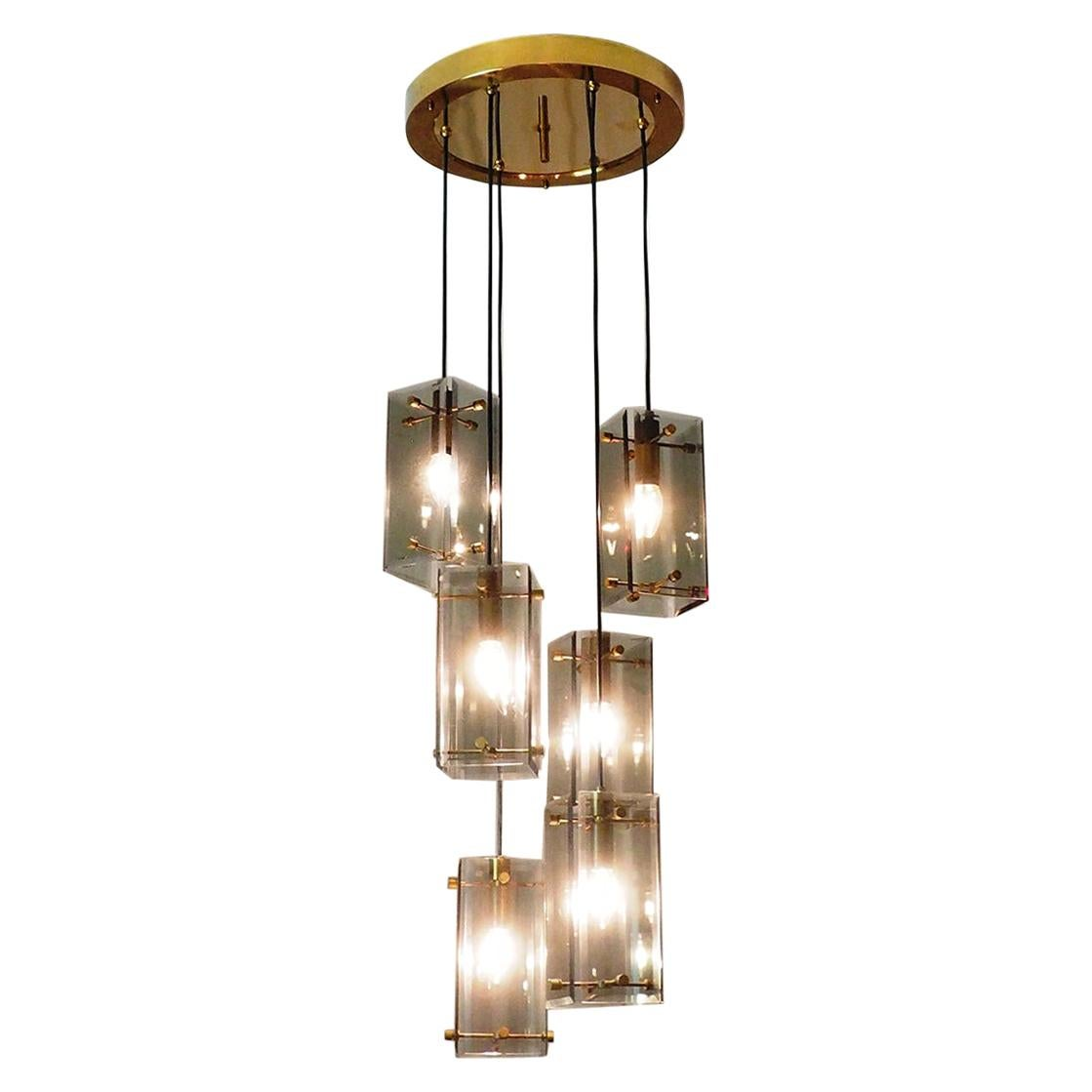 Midcentury Glass and Brass Italian Chandelier Attributed to Fontana Arte, 1960s