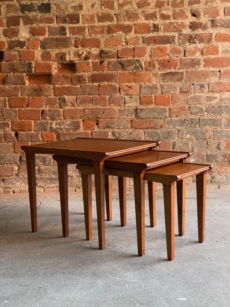 Mid-Century Modern Midcentury Gordon Russell Nest of Tables Set of Three Oak, 1950s For Sale