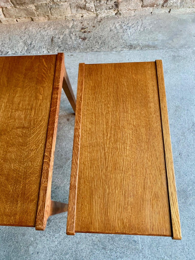Midcentury Gordon Russell Nest of Tables Set of Three Oak, 1950s In Good Condition For Sale In Longdon, Tewkesbury
