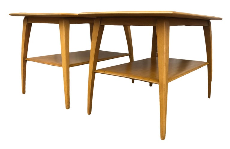 American Midcentury Heywood Wakefield #1502 Maple Nightstands End Side Tables For Sale