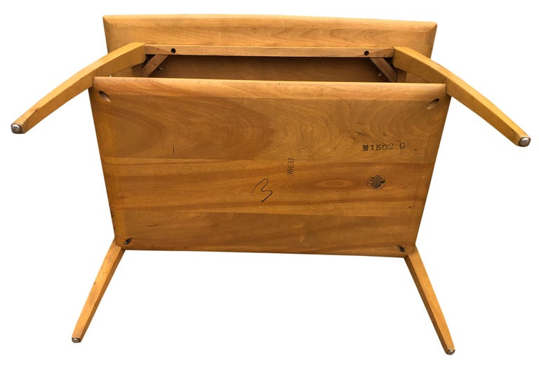 Midcentury Heywood Wakefield #1502 Maple Nightstands End Side Tables For Sale 2