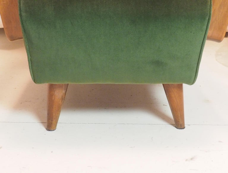Midcentury High Back Italian Green Armchairs by Pietro Lingeri, Italy, 1950s For Sale 10
