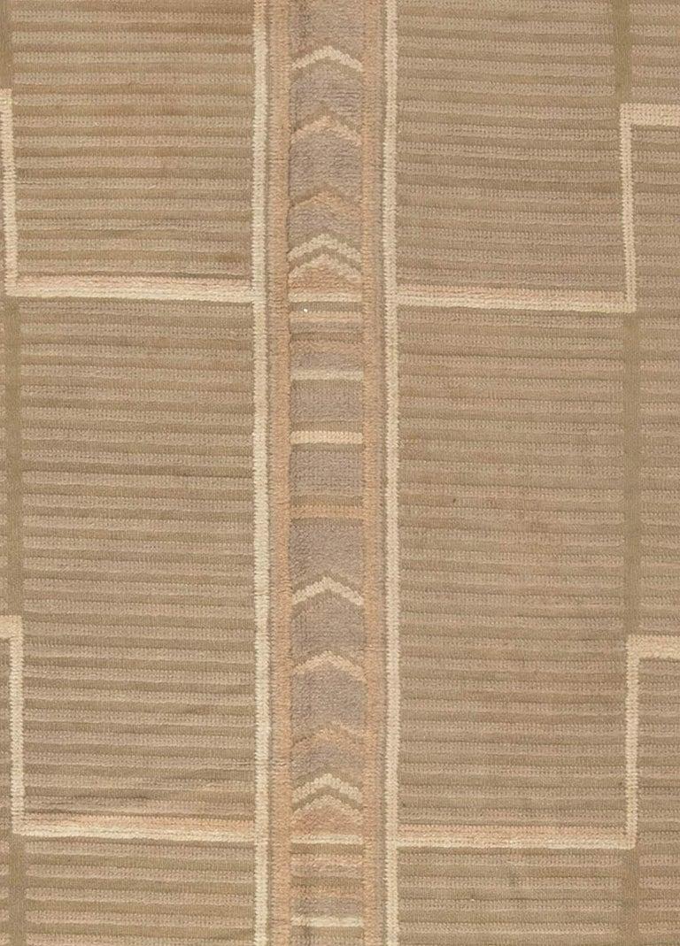 Midcentury high-low Scandinavian rug Size: 12'0