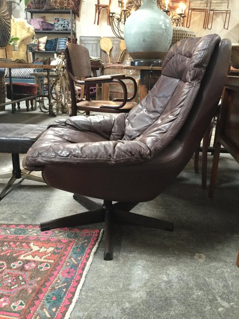 Mid-Century Modern Midcentury HW Klein Lounge Chair For Sale