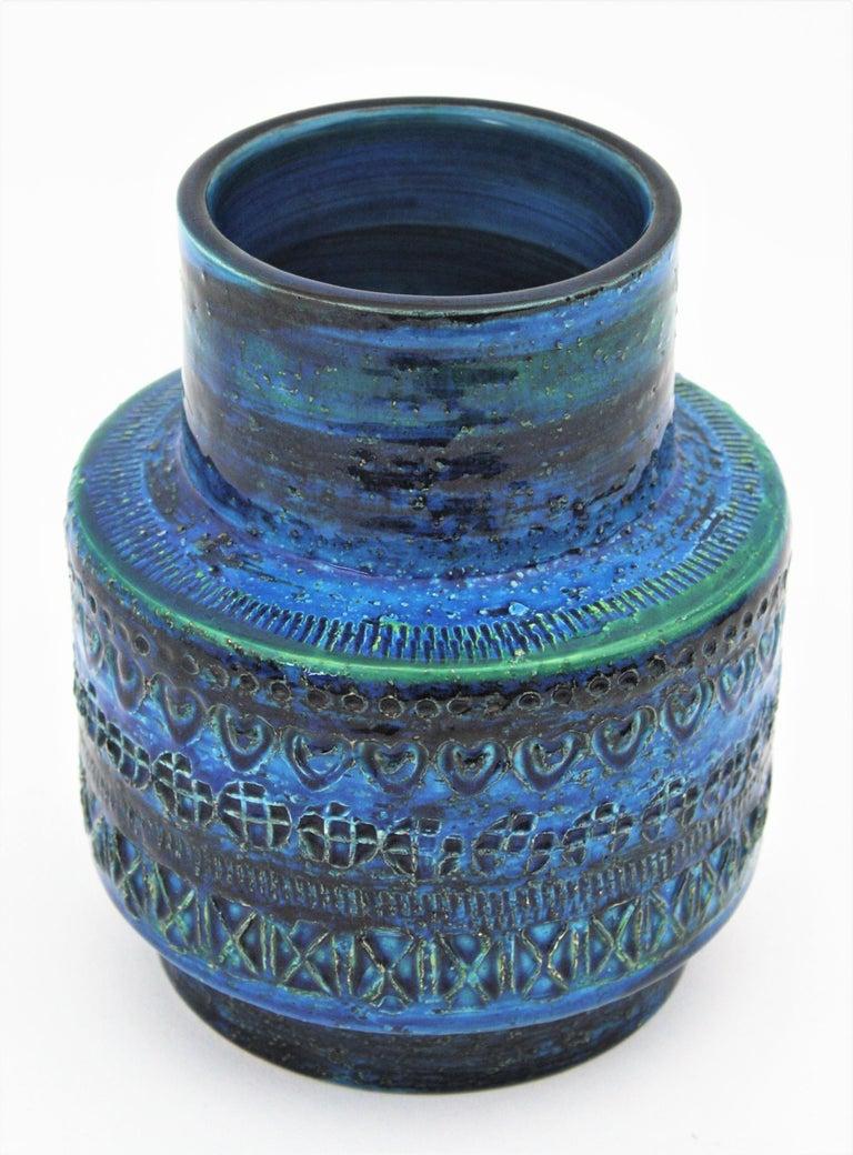 20th Century Midcentury Italian Aldo Londi for Bitossi Rimini Blue Glazed Ceramic Vase For Sale