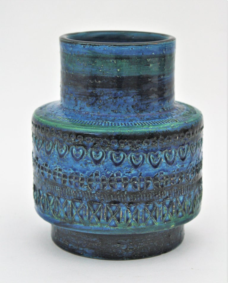 Midcentury Italian Aldo Londi for Bitossi Rimini Blue Glazed Ceramic Vase For Sale 2