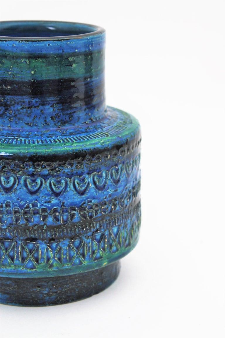 Midcentury Italian Aldo Londi for Bitossi Rimini Blue Glazed Ceramic Vase For Sale 3