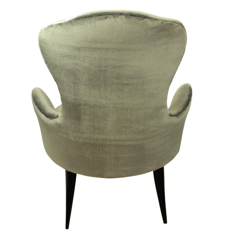 Midcentury Italian Bedroom Chairs in Silver Velvet In Good Condition In London, GB