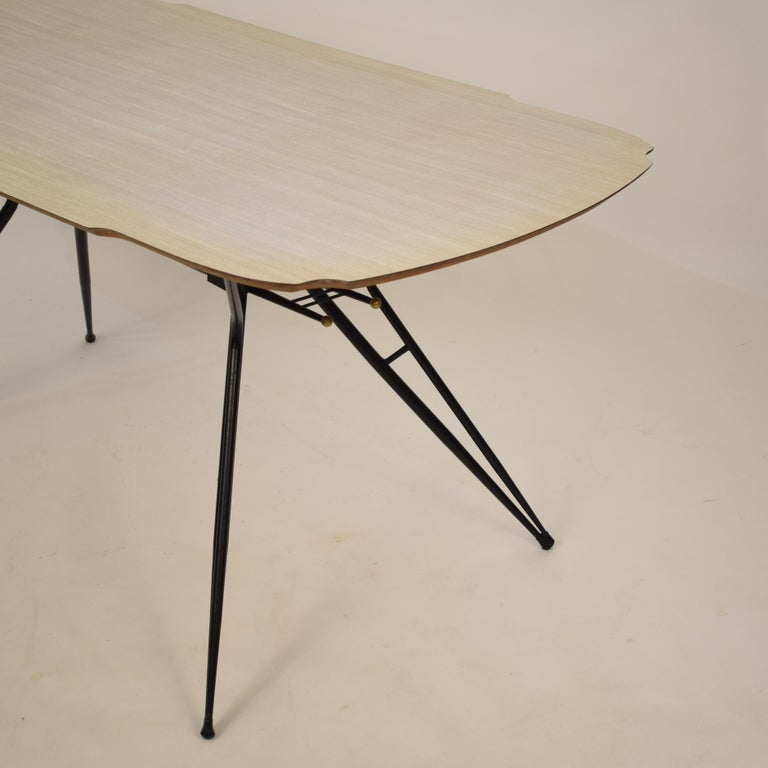 Midcentury Italian Black and White Dining Table Attributed to Ico Parisi, 1958 For Sale 4