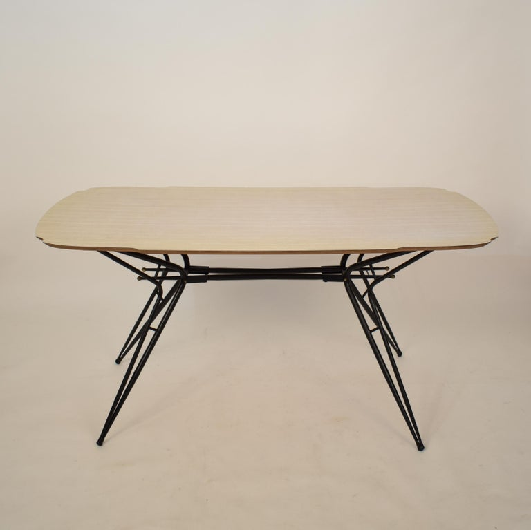 Midcentury Italian Black and White Dining Table Attributed to Ico Parisi, 1958 In Good Condition For Sale In Berlin, DE