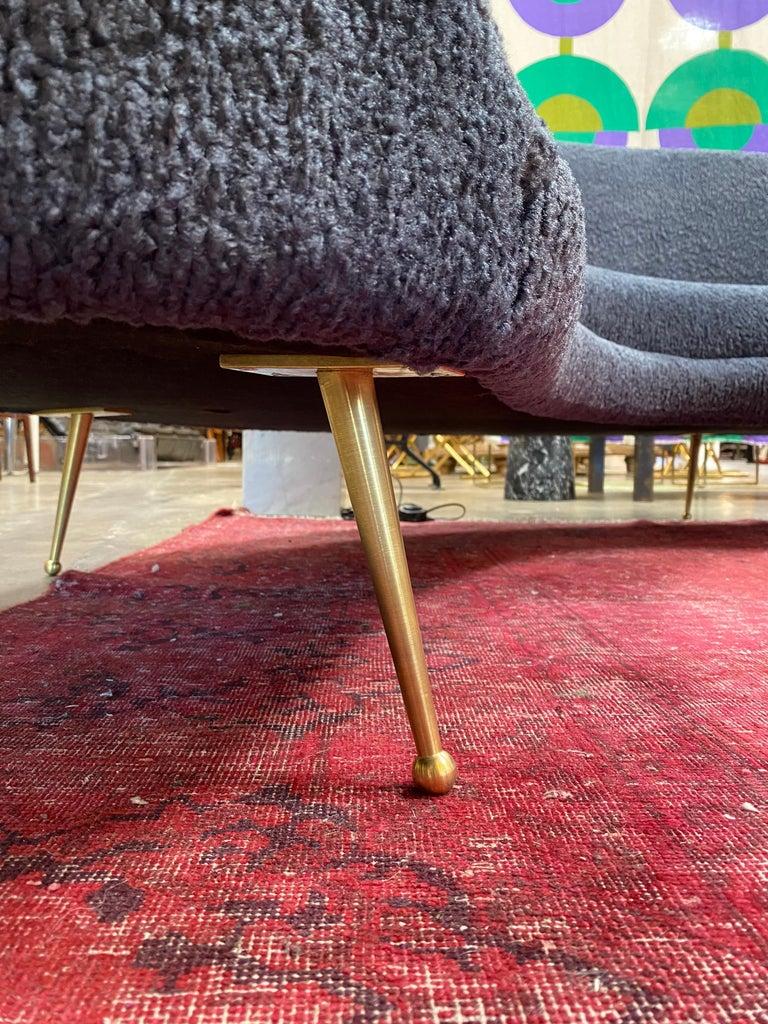 Midcentury Italian Blue Wool Sheep Curved Sofa by Federico Munari For Sale 1