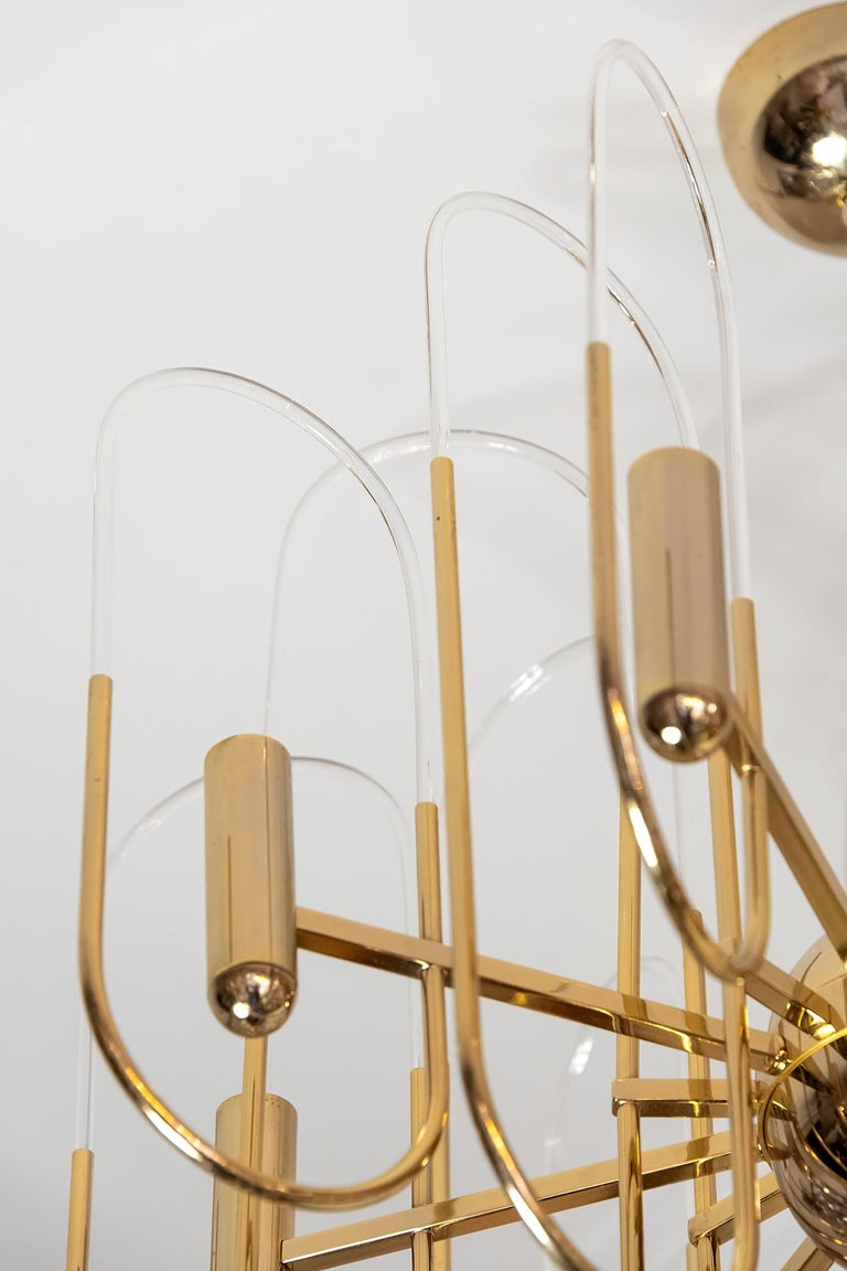 Midcentury Italian Brass and Glass Chandelier by Sciolari, circa 1960 In Good Condition For Sale In Vilnius, LT