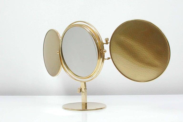 Midcentury Italian Brass Triple Folding Vanity Table Mirror, 1950s For Sale 4