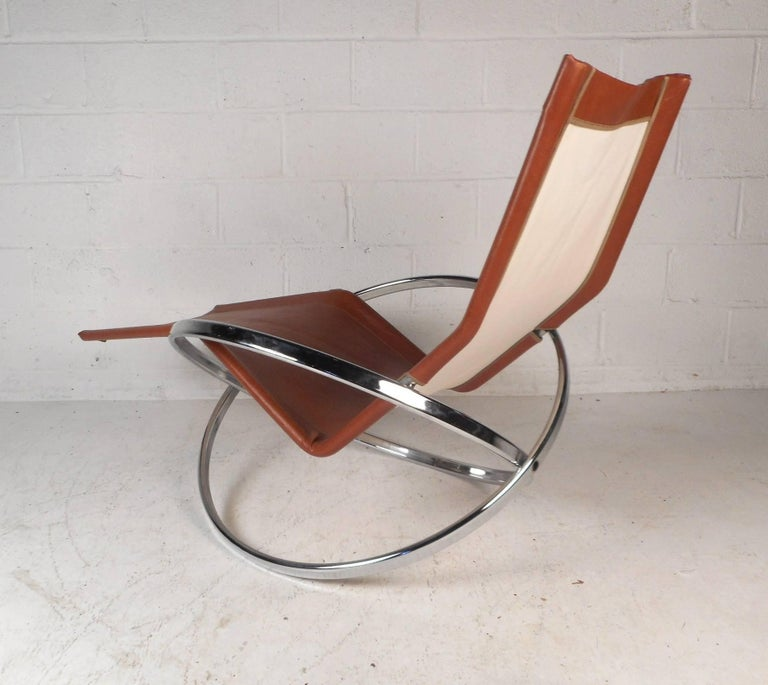 Midcentury Italian Folding Chaise Lounge Rocker In Good Condition In Brooklyn, NY
