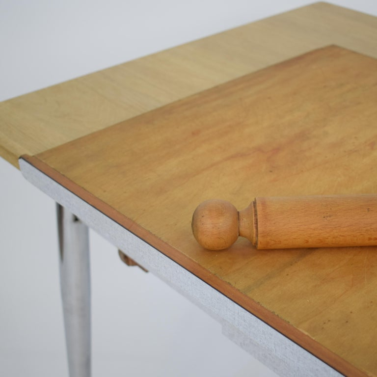 Midcentury Italian Formica Kitchen Pasta Table with Tapered Chrome Legs, 1950 For Sale 15