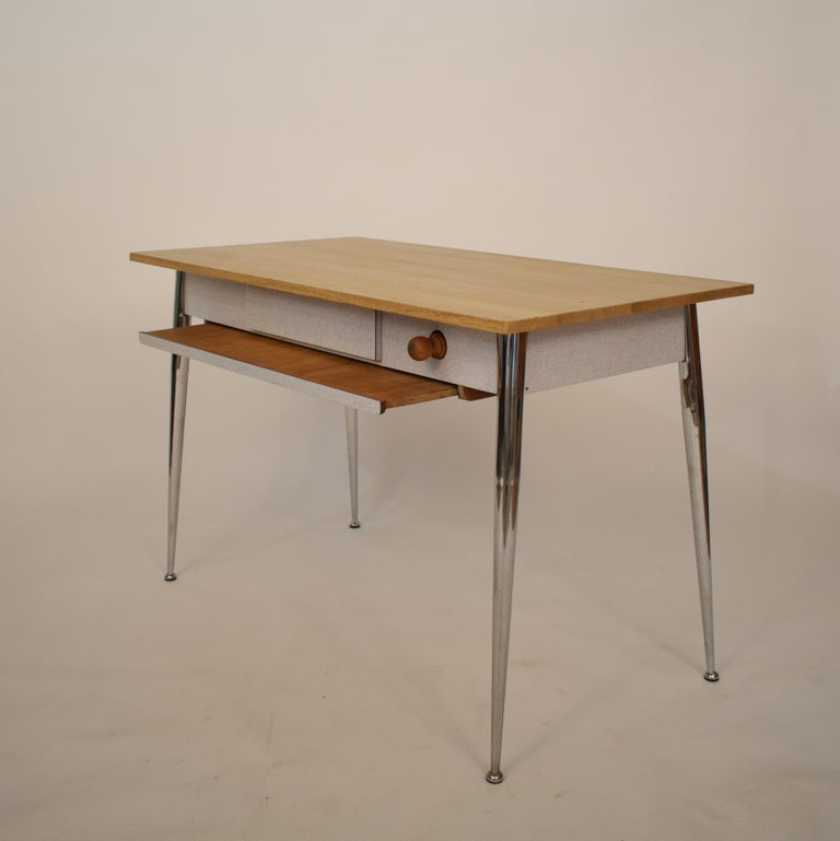 Midcentury Italian Formica Kitchen Pasta Table with Tapered Chrome Legs, 1950 For Sale 1
