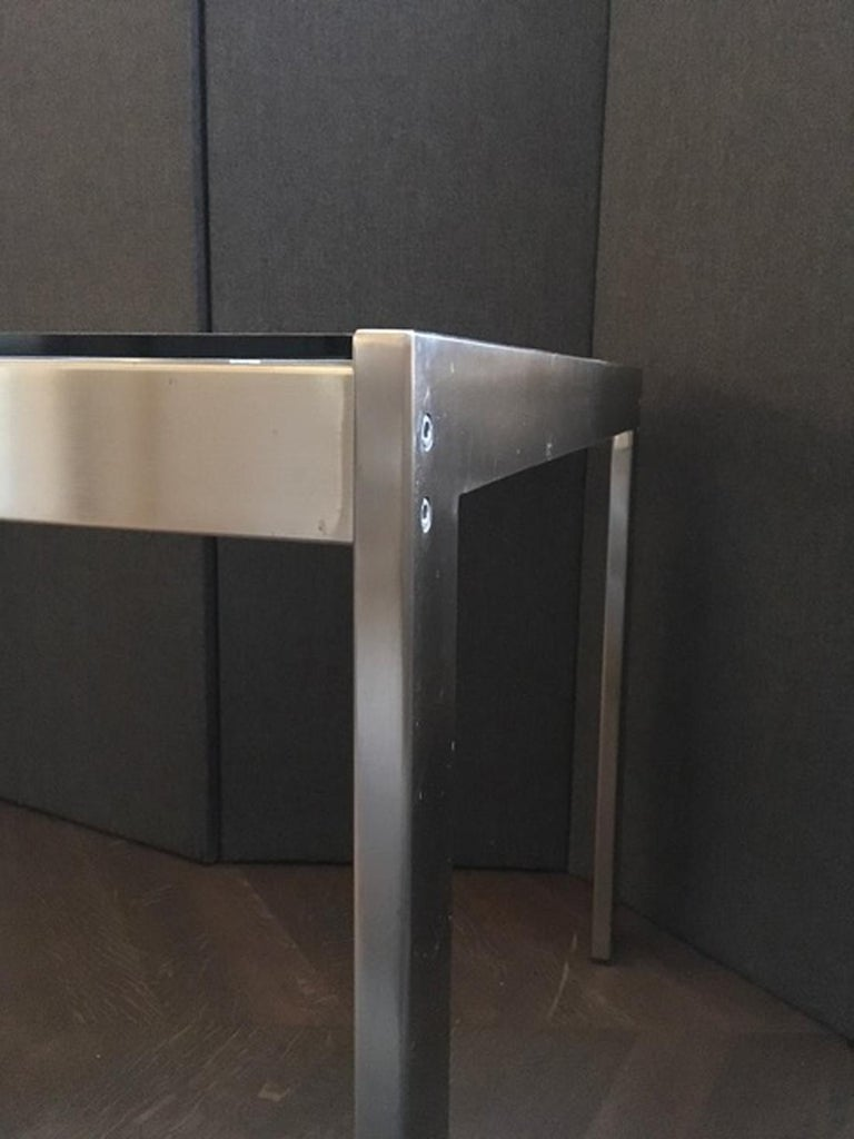 Midcentury Italian Modern Design Brushed Steel Clear Crystal Rectangular Desk In Good Condition For Sale In Brescia, IT