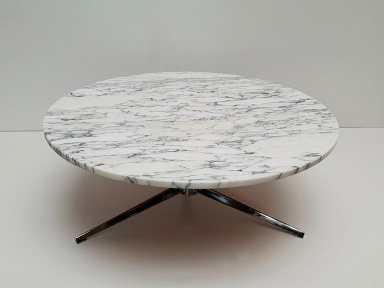 Midcentury Italian Modern Polished Metal and Marble Round Circular Coffee Table For Sale 1