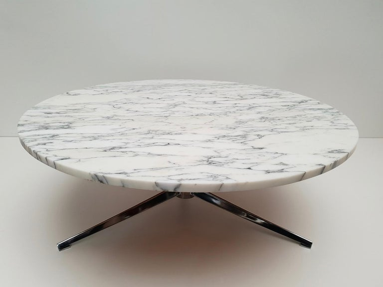 Midcentury Italian Modern Polished Metal and Marble Round Circular Coffee Table For Sale 2
