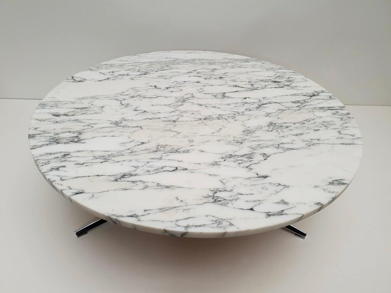 Midcentury Italian Modern Polished Metal and Marble Round Circular Coffee Table For Sale 3