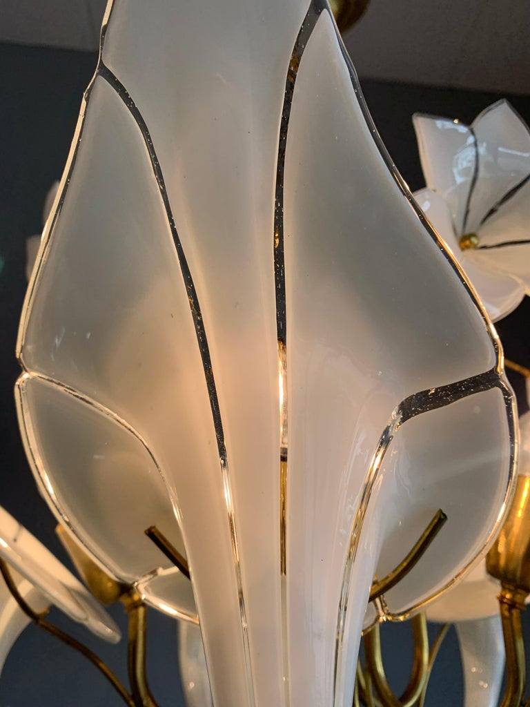 Midcentury Italian Murano Chandelier w. Stunning Mouthblown Glass Flower Shades For Sale 8