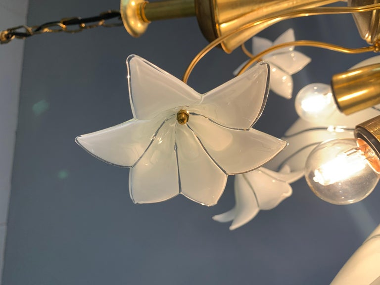Midcentury Italian Murano Chandelier w. Stunning Mouthblown Glass Flower Shades For Sale 9
