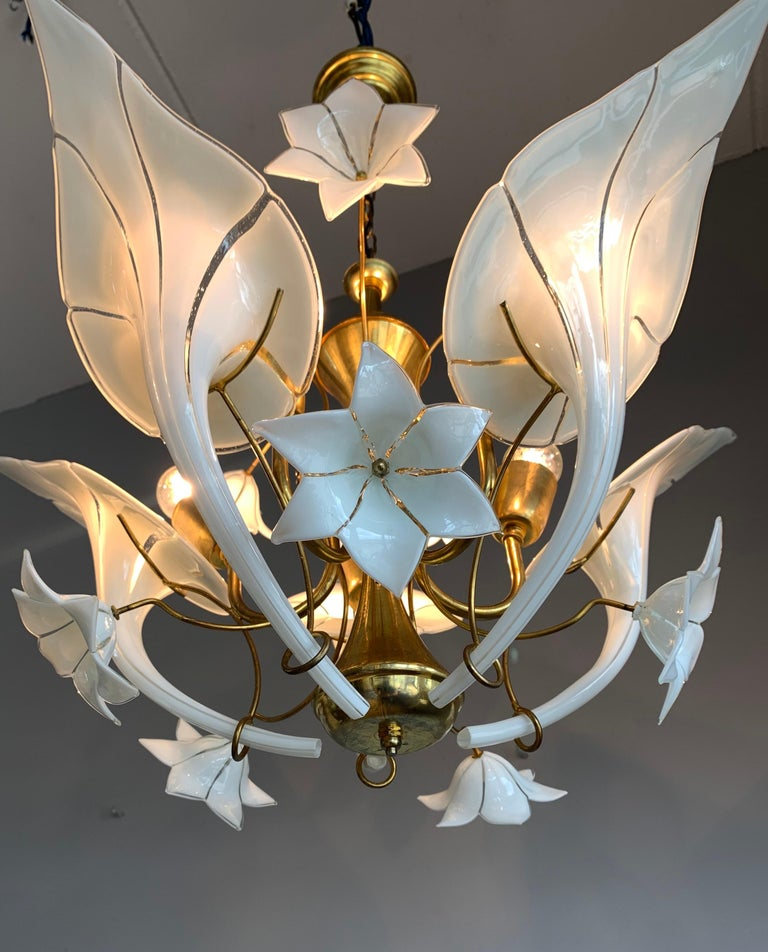 Midcentury Italian Murano Chandelier w. Stunning Mouthblown Glass Flower Shades For Sale 1