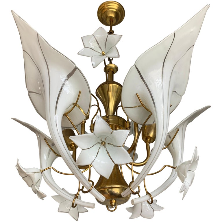 Midcentury Italian Murano Chandelier w. Stunning Mouthblown Glass Flower Shades For Sale
