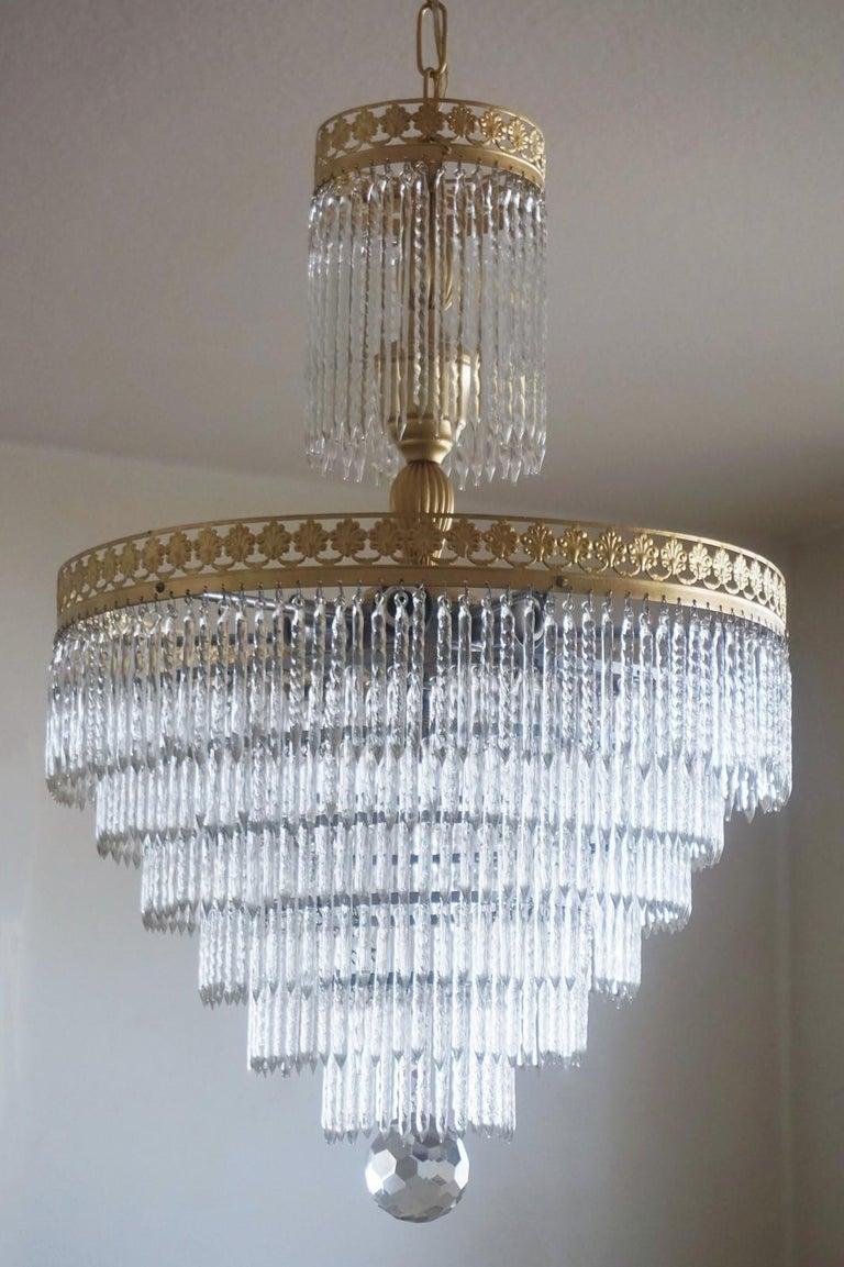 Midcentury Italian Murano Crystal Waterfall Seven-Light Chandelier In Good Condition For Sale In Frankfurt am Main, DE