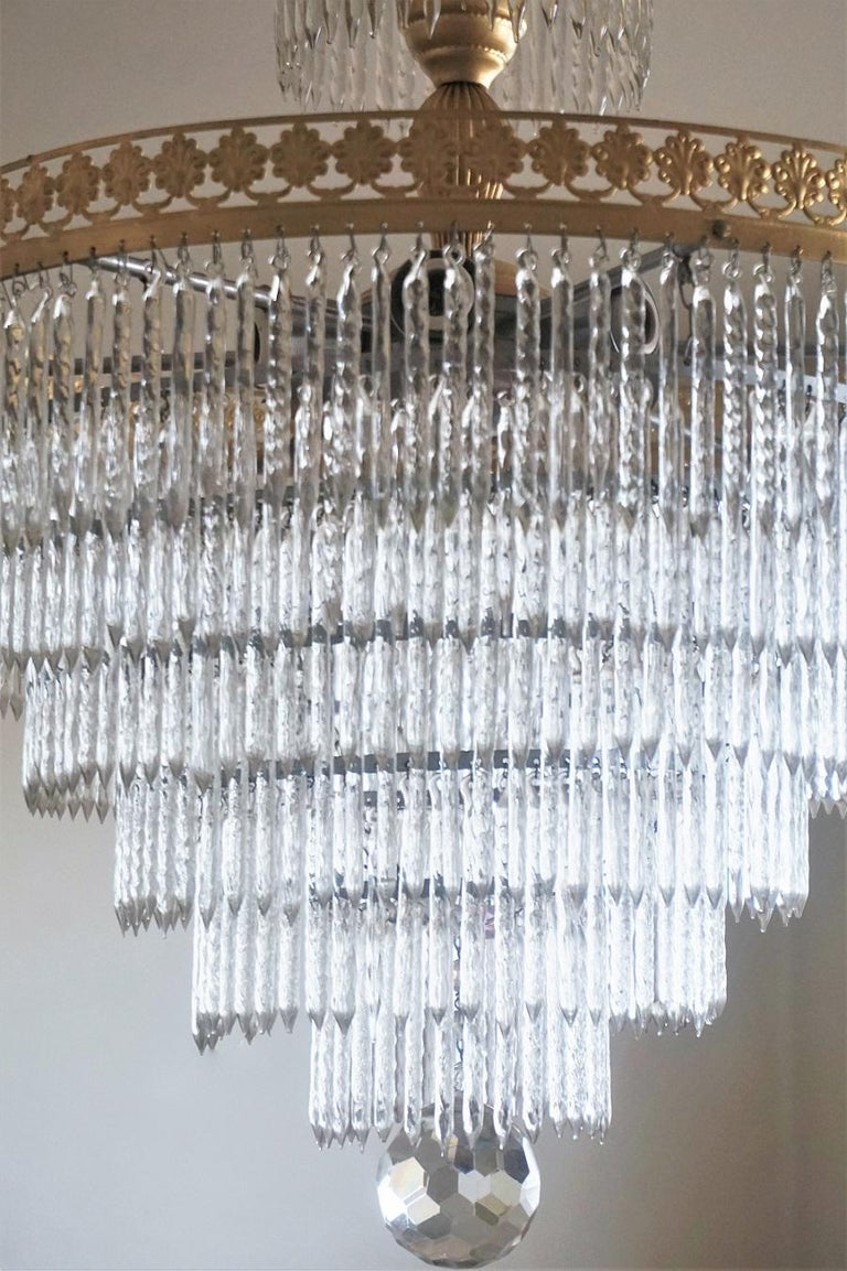 Brass Midcentury Italian Murano Crystal Waterfall Seven-Light Chandelier For Sale