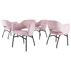 Midcentury Italian Set of Four Dining Chairs in Pink Velvet, 1950