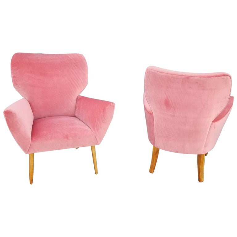 Midcentury Italian Wing-Shaped Side Chairs For Sale