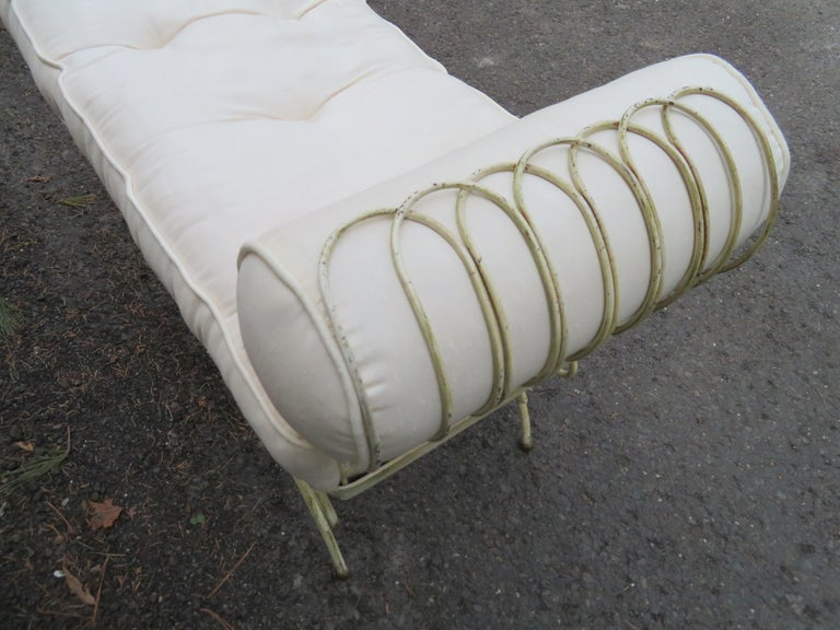 Midcentury Italian Wrought Iron Scroll Arm Bench In Good Condition For Sale In Pemberton, NJ