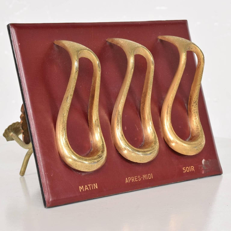 French Midcentury Jacques Adnet Style Leather and Brass Pipe Holder, France, 1960s For Sale