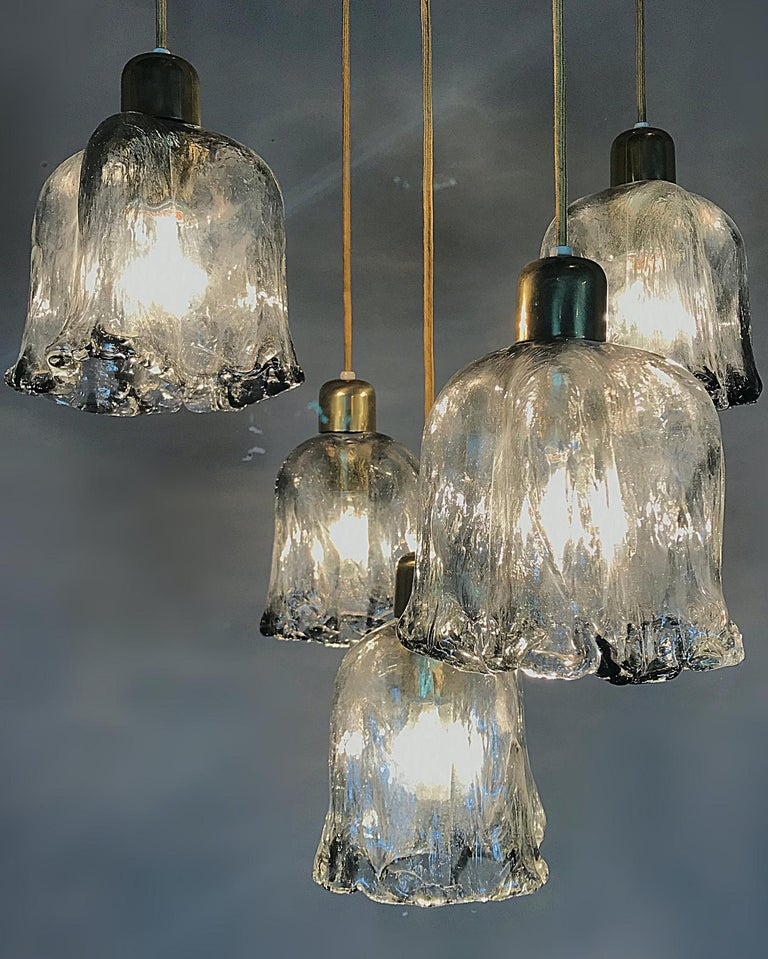 Midcentury Textured Glass and Brass Cascading Light, 1960s, Austria For Sale 1