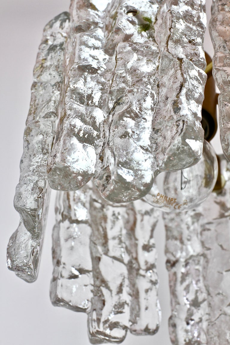 Mid-Century Kalmar Ice Crystal Glass and Brass Pendant Light or Chandelier 1960s For Sale 4