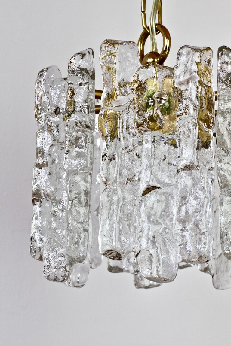 Mid-Century Kalmar Ice Crystal Glass and Brass Pendant Light or Chandelier 1960s For Sale 5
