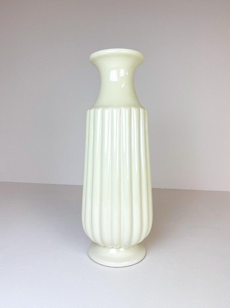 Midcentury Large Ceramic Floor Vase Bo Fajans Ewald Dahlskog, Sweden, 1940s In Good Condition For Sale In Langserud, SE