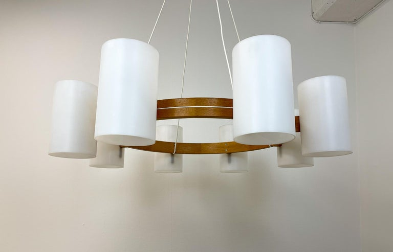 Midcentury Large Chandelier, Pine and Acrylic Luxus Sweden, 1960s For Sale 6