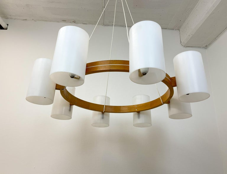 Midcentury Large Chandelier, Pine and Acrylic Luxus Sweden, 1960s For Sale 7