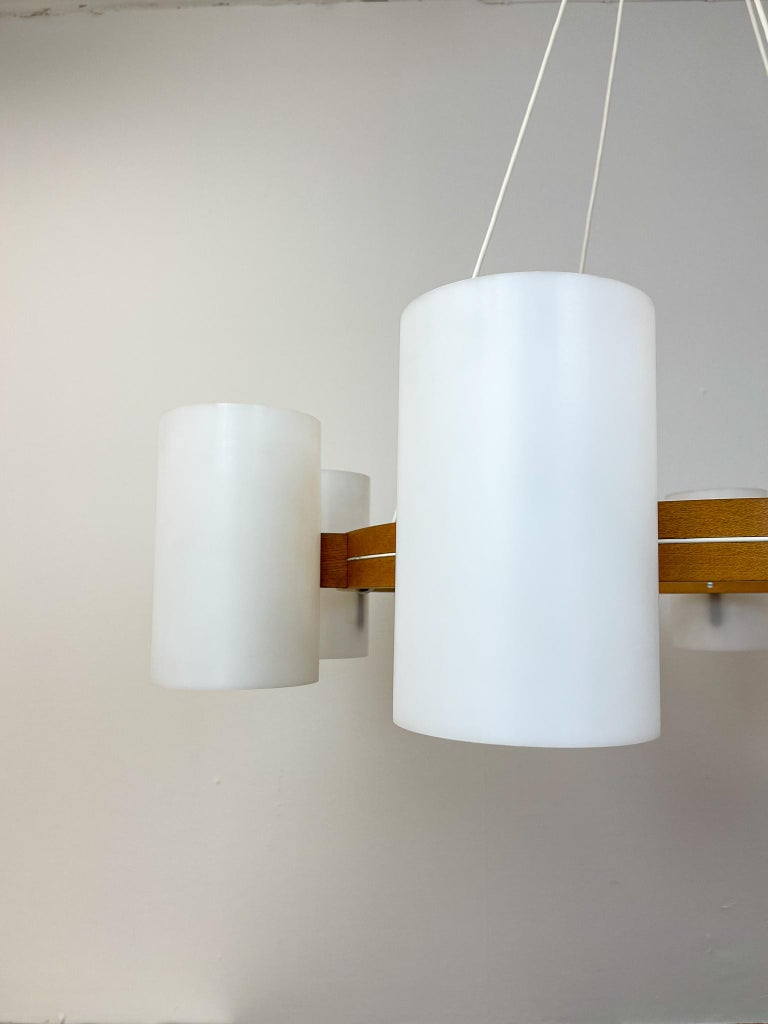 Midcentury Large Chandelier, Pine and Acrylic Luxus Sweden, 1960s For Sale 9