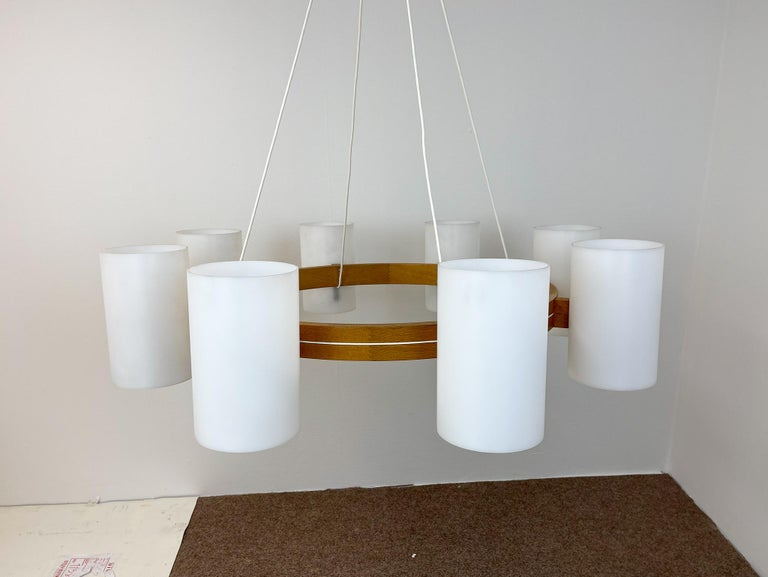 Midcentury Large Chandelier, Pine and Acrylic Luxus Sweden, 1960s For Sale 1
