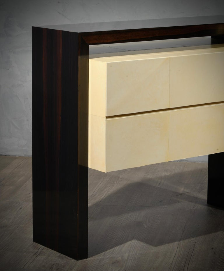 MidCentury Macassar and Goatskin Italian Chests of Drawers, 1980 In Good Condition For Sale In Rome, IT